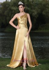 High Slit Gold Party Prom Celebrity Dress One Shoulder Beaded