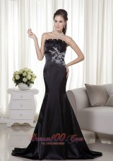 Black Mermaid Strapless Brush Train Appliques Prom Evening Dress