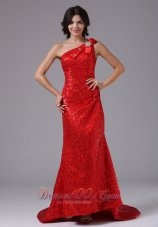 Bowknot One Shoulder Sequin Overlay Brush Evening Gown