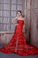 Wine Red Strapless Prom Celebrity Dress Cathedral Train Slit Ruffled