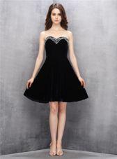 Black Zipper Sweetheart Beading Dress for Prom Satin Sleeveless