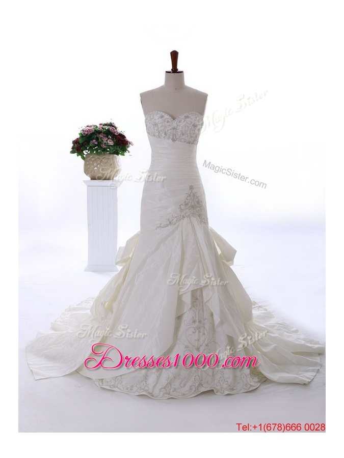 Pretty custom made embroidery wedding dresses with court